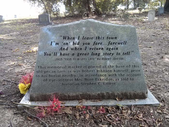 The other side of Robert Johnson's grave marker