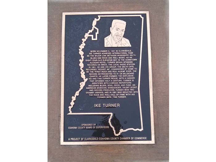 Plaque of Ike Turner, born in Clarksdale, near to the Delta Blues Museum