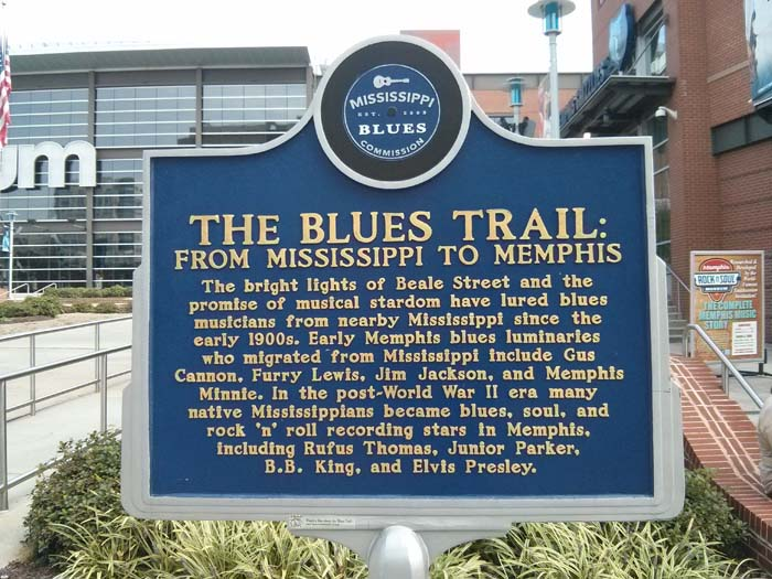 Trail marker outside the Rock 'n' Soul Museum in Memphis
