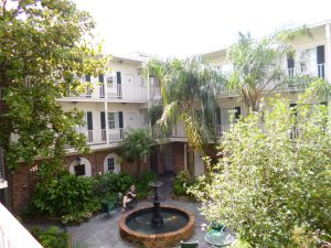 Best Western Plus French Quarter Landmark Hotel courtyard