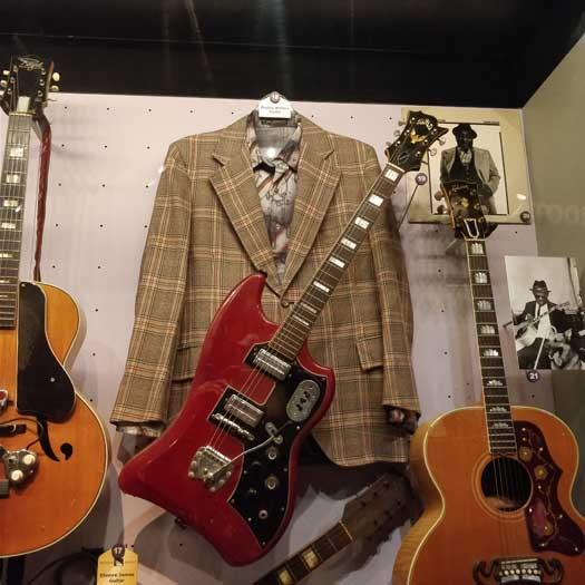 Muddy Water's jacket, shirt & guitar