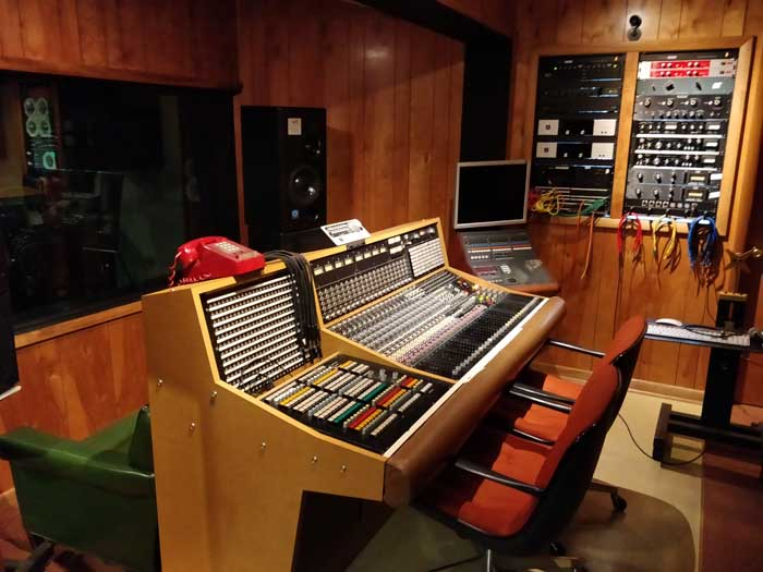 Muscle Shoals Control room