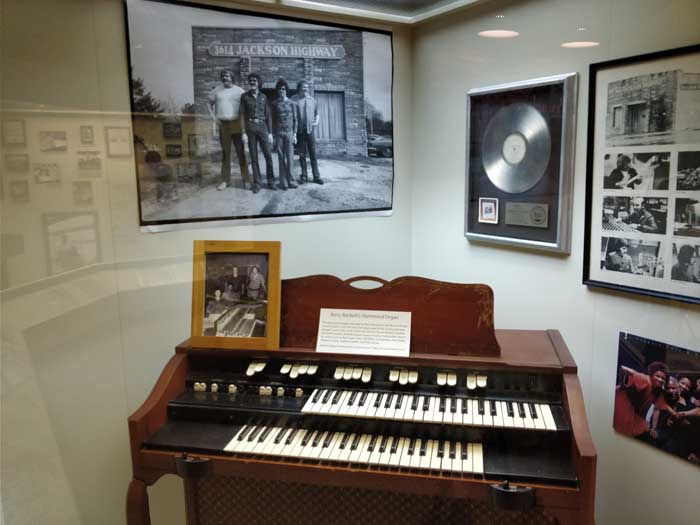 Barry Becket's Hammond organ