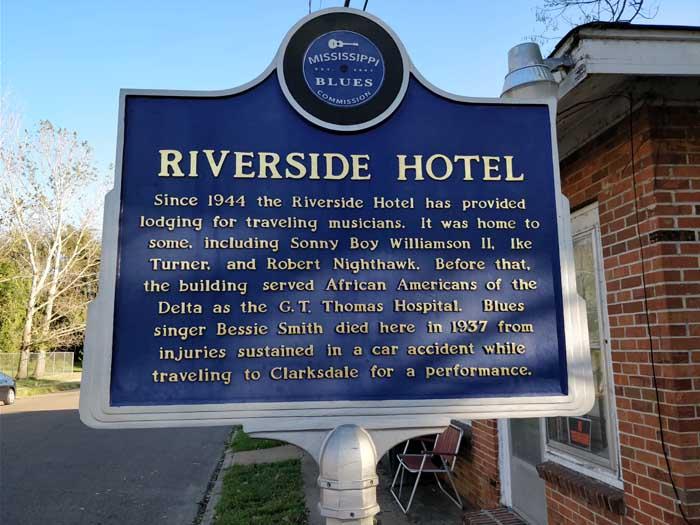 Riverside Hotel trail marker