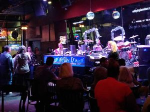 Willy D's piano bar, Little Rock