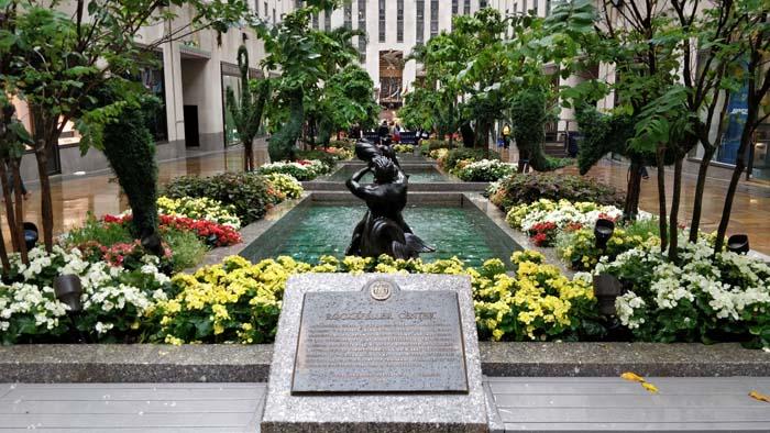 Rockefeller Center #15