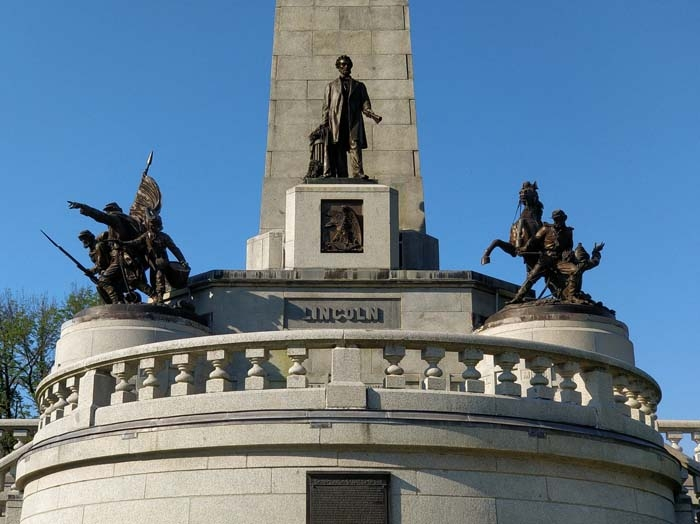 Lincoln Tomb #2