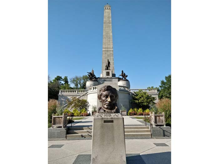 Lincoln Tomb #3
