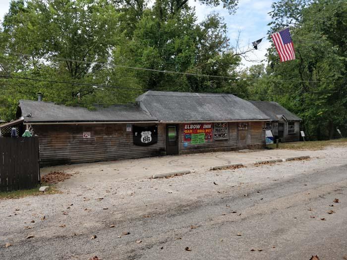 Elbow Inn Bar & BBQ at Devil's Elbow Bridge