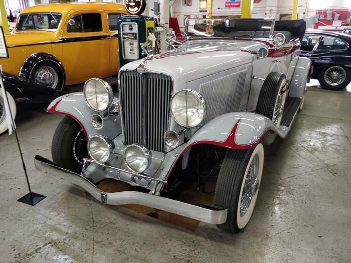 Route 66 Car Museum - Auburn 12