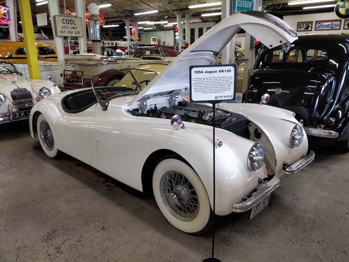Route 66 Car Museum - Jaguar XK120