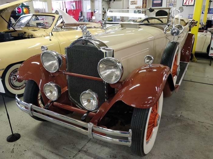 Route 66 Car Museum - Packard Phaeton 77