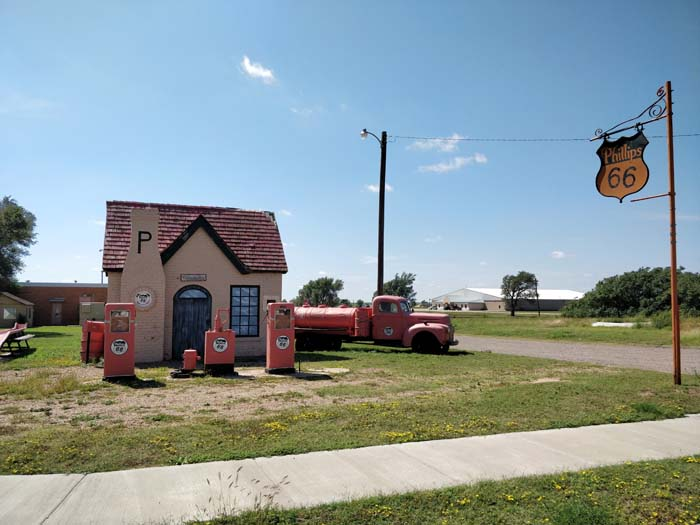 Phillips 66 Service Station, McLean, TX