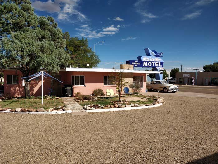 Blue Swallow Motel #3