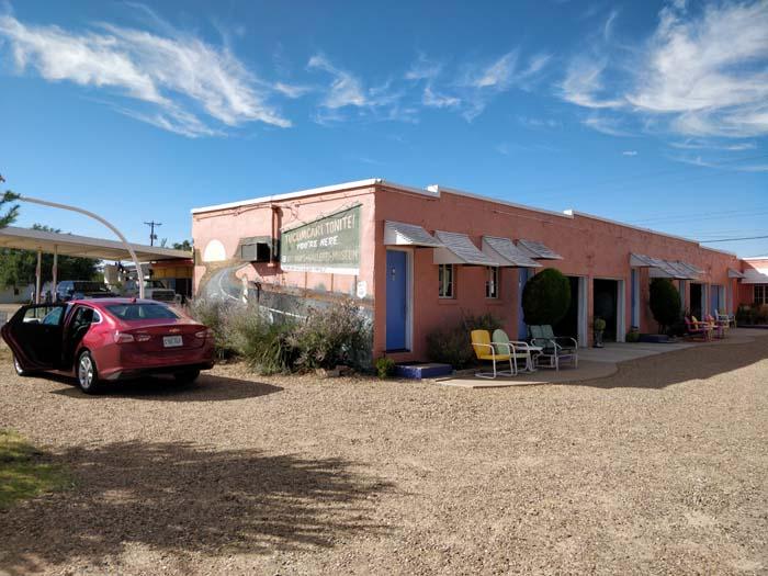 Blue Swallow Motel #4