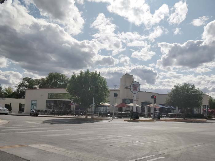 Rt 66 entering Albuquerque #2