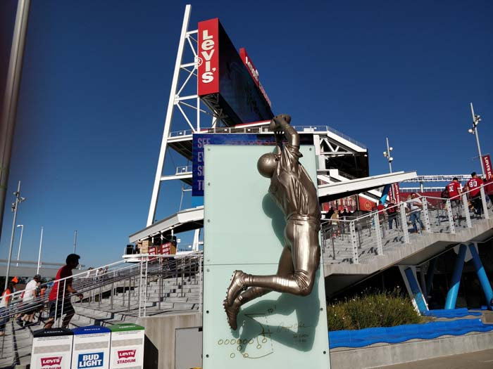 The Catch Statues #1
