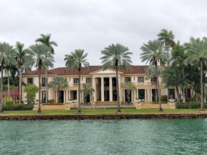 Millionaire's Row Boat Cruise #9